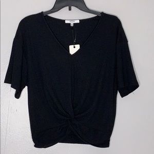 NWT Ro &De Black Front Knot Short sleeve Top